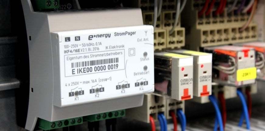 StromPager von IK Elektronik im Schaltschrank