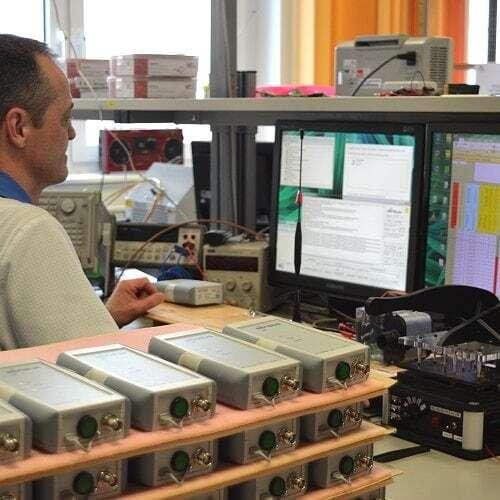 Arbeitsplatz im Musterbauzentrum bei IK Elektronik