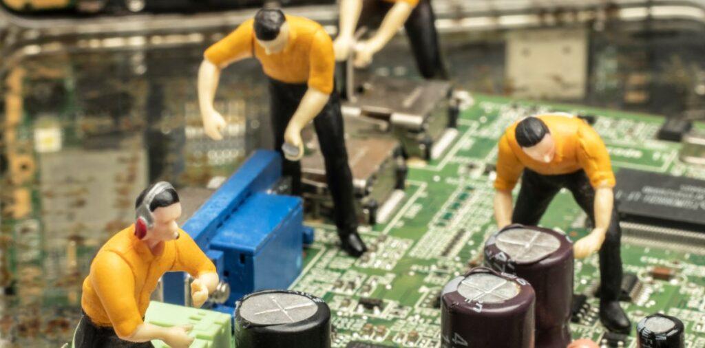 Kontakt zum Team von IK Elektronik